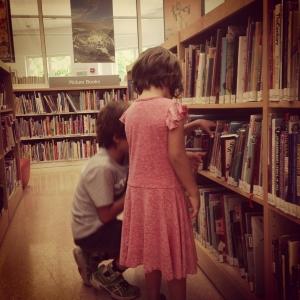 Para ir na Biblioteca não precisa de dinheiro, precisa de tempo.
