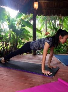 Yoga 4 antes que eles crescam