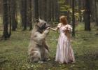 foto menina e urso antes que eles crescam