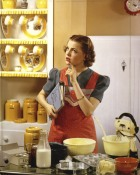 victor-keppler-housewife-in-kitchen-web